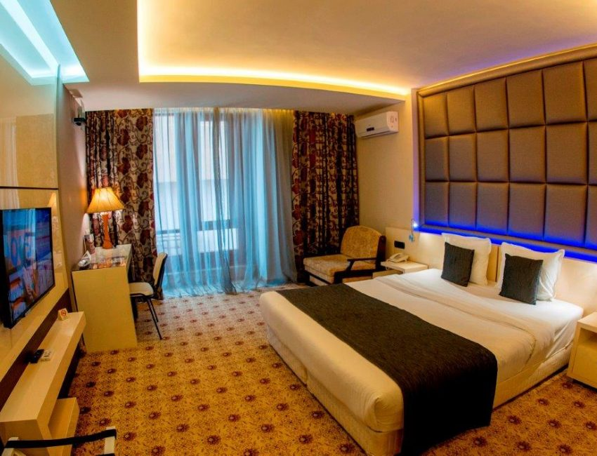 hotel-national-palace-delux-staiya-spa-wellness-sliven-grad